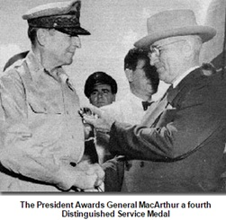 President Truman presents medal to General MacArthur